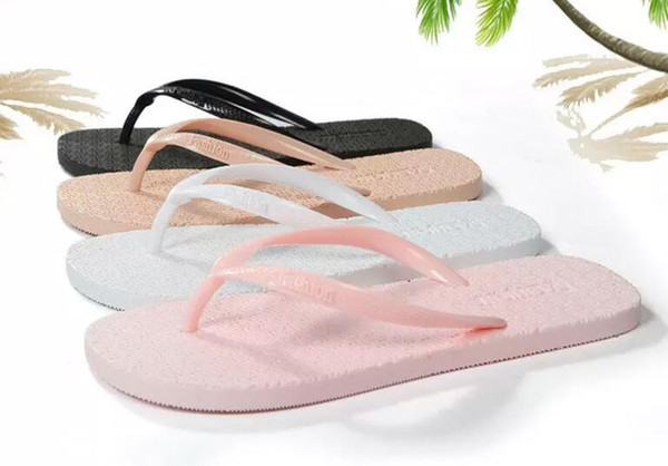 Hot Cheap wholesale slippers Light and comfortable antiskid and wear-resistant character slippers