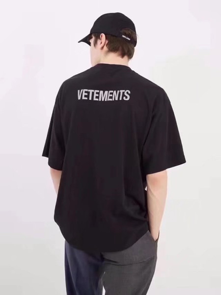 9faaf03a9c4842 2018 NEW TOP SS16 Summer vetements letter print men Black White short  sleeve t shirt hiphop