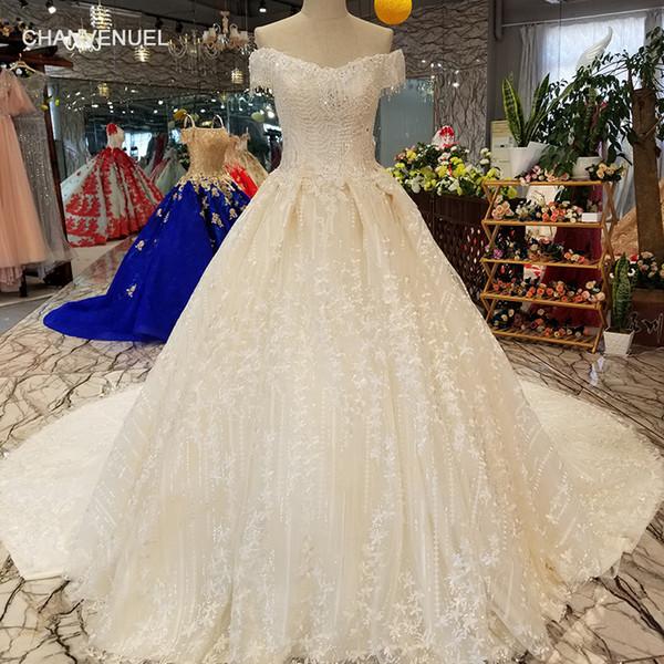 2019 Líbano en cascada de volantes vestidos de novia de manga corta sin respaldo cristalino brillante hecha a mano floral 3D apliques patrón de vestidos de novia