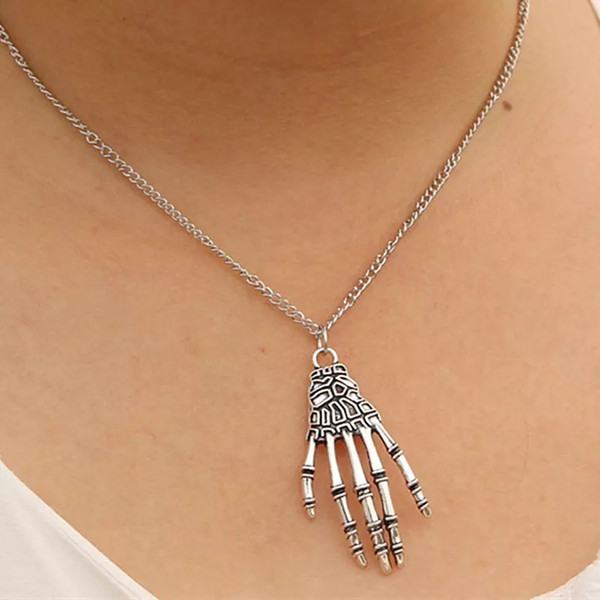 Wholesale-N935 Punk Pendant Necklace For Men Women Skeleton Skull Hand Claw Bone Necklaces Fashion Jewelry Collares Bijoux Steampunk Colar