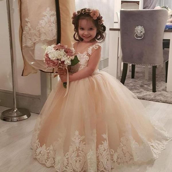 Şampanya Çiçek Kız Elbise 2018 Balo Şeffaf Boyun Tül Dantel Aplikler İnciler Bel Sashes Kız Gelinlik Düğün 2018 için