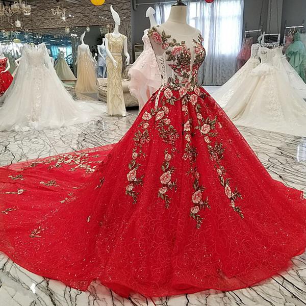 2019 fleurs dentelle luxe généreuse robes sexy top rouge dentelle robes de soirée en organza avec Long train de vraies images fille robes de reconstitution historique