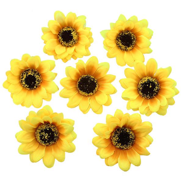Haute Qualité 7 cm Soie Fleur De Tournesol Fleurs Artificielles Tête De Mariage Diy Couronne Cheveux Faux Fleurs Décoration 50 pcs / Lot