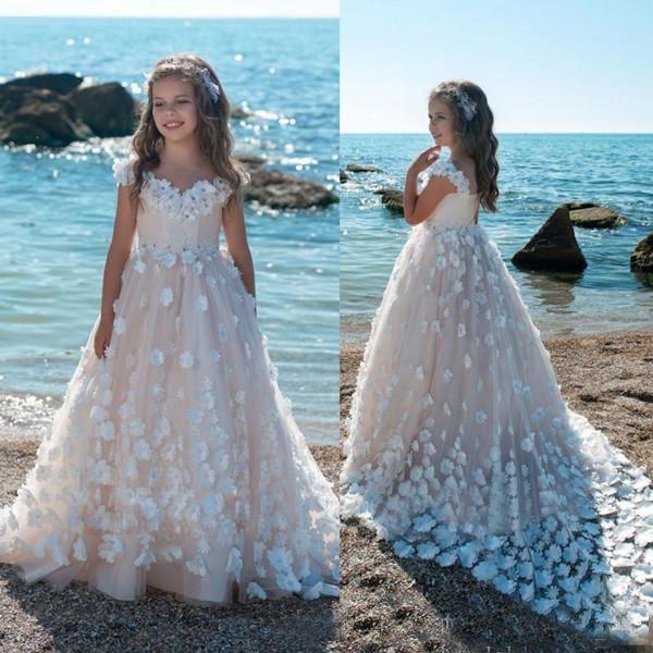 2018 3D Dentelle Applique Robes De Fille De Fleur Pour Le Mariage Pas Cher A-ligne Filles Pageant Robe Balayage Train Enfants D'anniversaire Robe De Bal Formelle