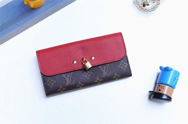 Engraved padlock wallet M61836 VENUS wallet red WALLETS OXIDIZED LEATHER CLUTCHES EVENING LONG CHAIN WALLETS COMPACT PURSE