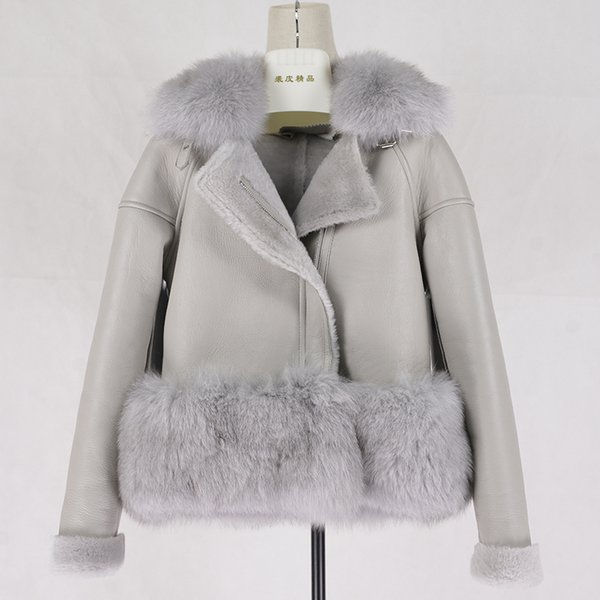Short Shorn Sheepskin Double faced Winter women Sheep Sheared Real Leather Jacket coat with Fox Fur Collars C18110301