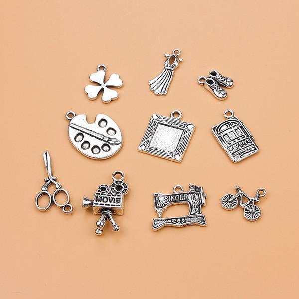 Vente en grosDeluxe movie Home tools Collection Charm Antique Silver Tone 10 Pendentifs différents Collier pendentif pour bijoux DIY faits à la main
