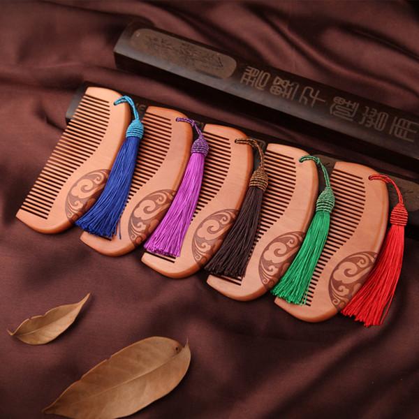 Peine de madera antideslizante del peine tallado antideslizante de la vendimia natural Peine de pelo del masaje amplio doble con la pea de madera fina del melocotón de la borla F979