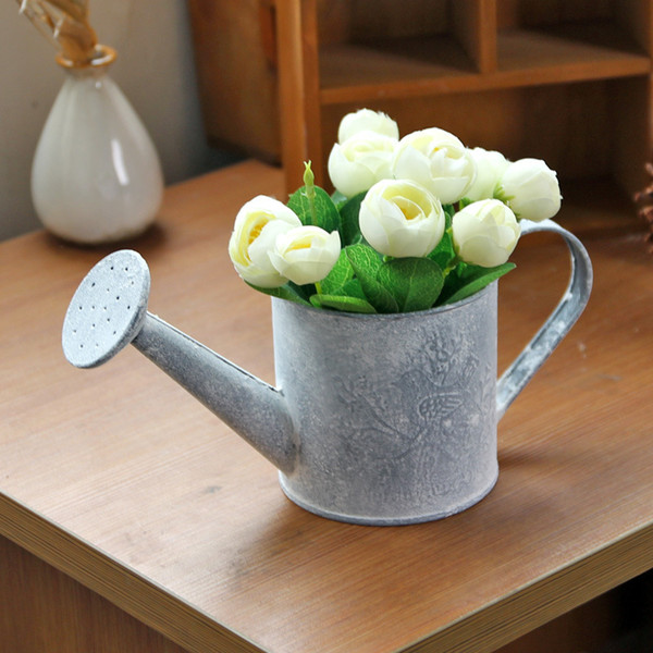 Rustic Metal Flower Pot Tin Water Kettle Flower Shower Container Flower Planter Watering Can Home Garden Decor Flowers Bucket
