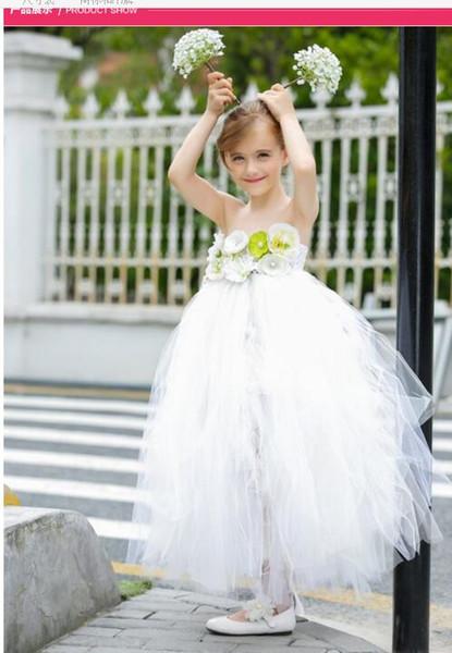 2018 Tüll trägerlose weiße Fee Hochzeits-Blumen-Mädchen kleidet A-Linie Mädchen T Erscheinen Kleid-Fußbodenlänge Prinzessin Girl Dresses