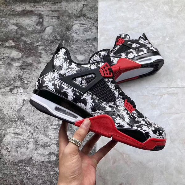 ( WITH BOX) New arrivals 4 4s Official GS Tattoo Fire Red Black White 4S ABS CREW Basketball Shoes Men Sports DESIGNER Sneakers BQ0897-006