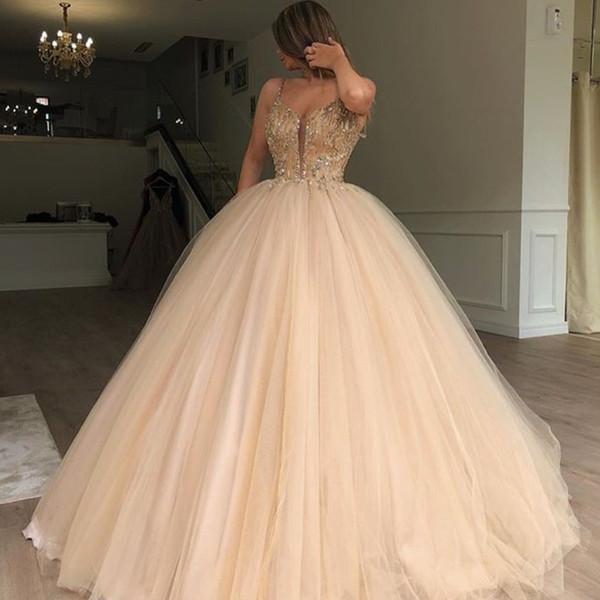 Magníficos vestidos de baile mullidos vestido de fiesta Sexy espaguetis correas perlas lentejuelas de tul piso de longitud vestido de noche Dubai Celebrity Dress Party Gowns