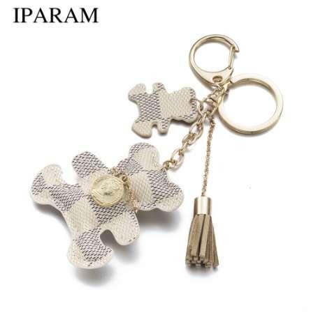 IPARAM Neue mode! Schlüsselanhänger Zubehör Quaste Schlüsselanhänger PU Leder Bär Muster Auto Keychain Schmuck Tasche Charme