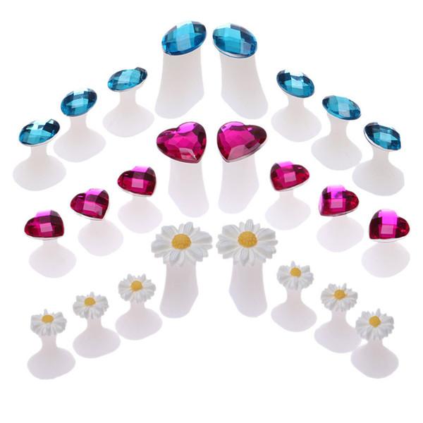 8 unids / set separadores del dedo del pie de silicona separadores del dedo del pie para uso en el hogar y el salón Daisy flor en forma de diamante pedicuras DIY herramientas del arte del clavo
