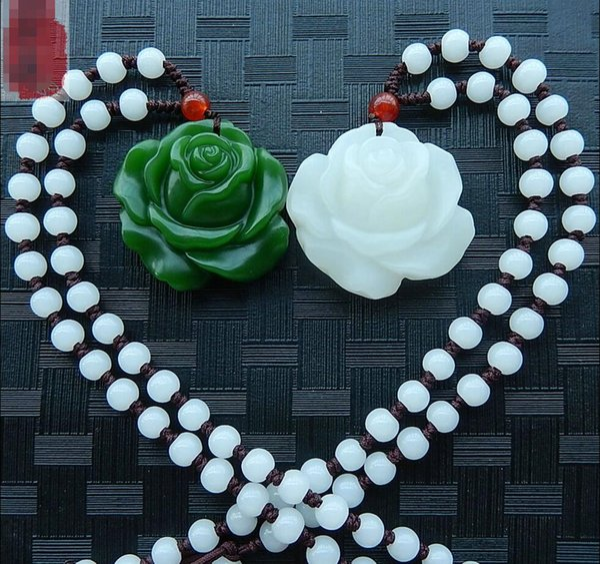 Pendentif en jaspe naturel Xinjiang Hetian rose pendentif femme blanc collier jade pendentif bonheur de charme