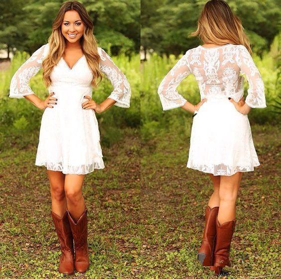 Modest Short Lace Cowgirls Country Wedding Dresses with 3/4 Long Sleeves Mini Bridal Gowns Reception Dress for Wedding