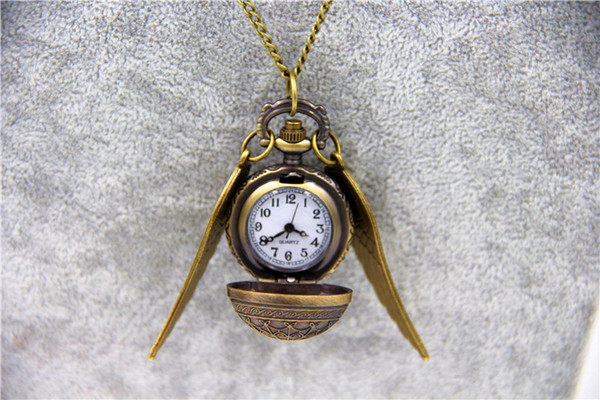 10pcs / lot al por mayor de joyería de moda Vintage encanto HP Snitch alas cuarzo reloj de bolsillo para hombres y mujeres