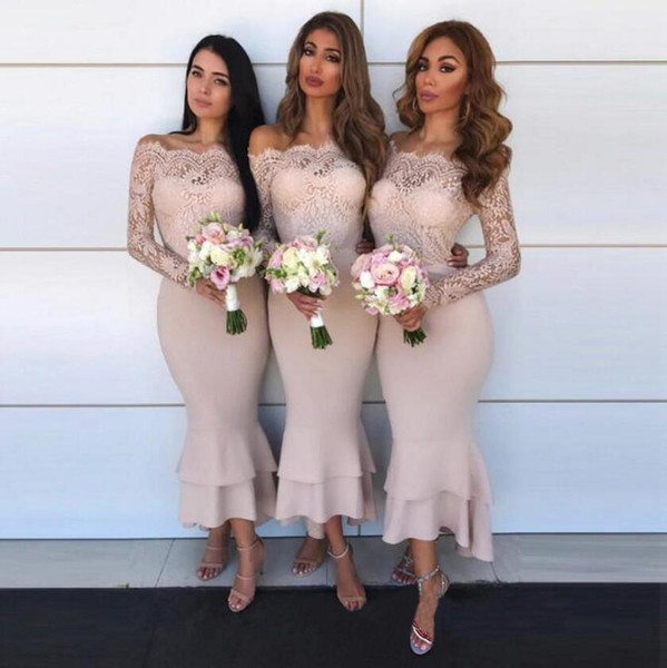 Sexy Off Shoulder African Bridesmaid Dresses With Long Sleeves Mermaid Wedding Guest Dress Maid of Honor Gowns Cheap Short Cocktail Gowns