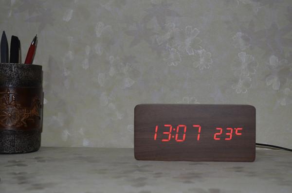 Relojes de alarma con el termómetro, madera Relojes de madera LED, Reloj de tabla digital, Relojes electrónicos con costo