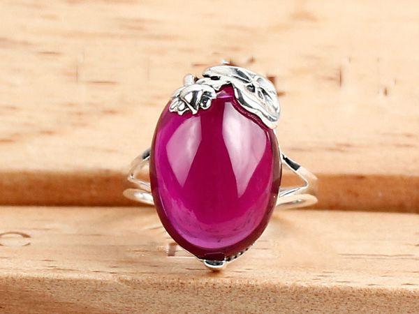 925 Sterling Silber Schmuck großen roten Korund Silber Ring geheimnisvollen und eleganten Luxus Thai Silber Edelstein Ring Großhandel