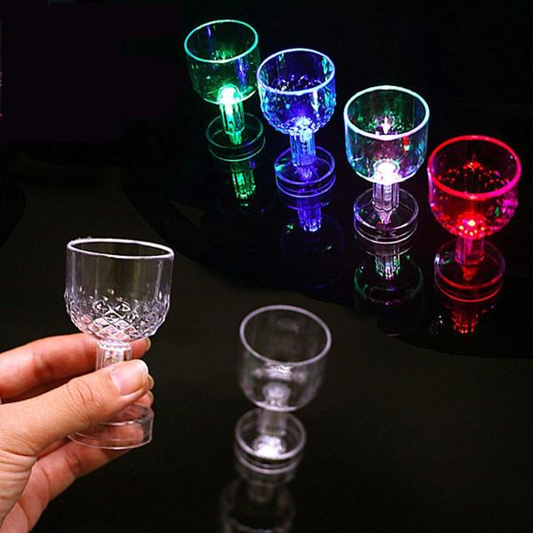 LED clignotant tasse allumer vin bière bière whiskey boisson clignotant tasse pour fête de noël Bar Club anniversaire H246