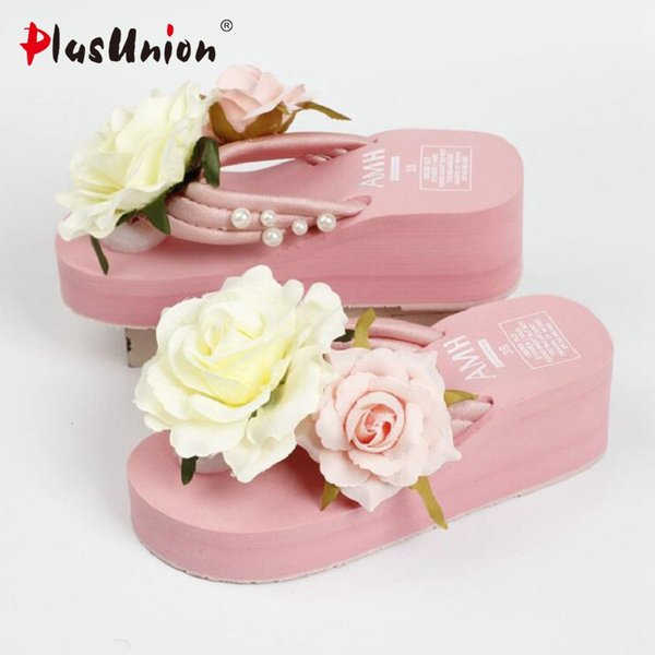 Light Pink 2017 Summer Lady Flower Wedge Sandalias Zapatos de plataforma Mujeres para vacaciones calientes Cool Soft Sandalia femenina no deslizante