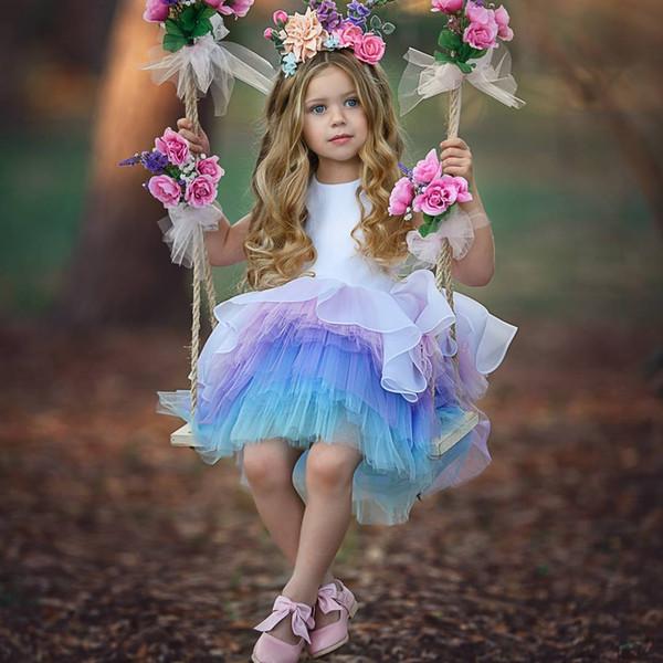 Nouvelle Arrivée Ombre Robe De Bal Robes De Fille De Fleur Pour Les Mariages Rangée Toddler Pageant Robes Jewel Cou Longueur Au Genou Première Communion Robe