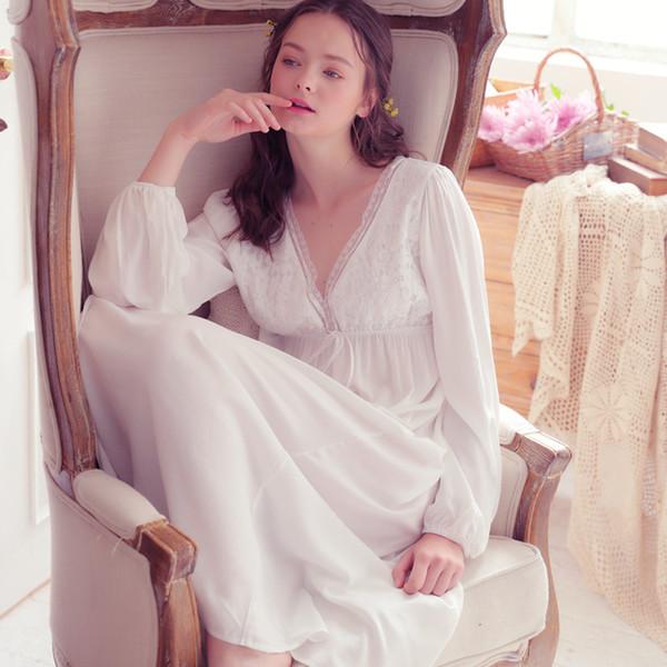 Frühling Herbst Vintage Nachthemden V-Ausschnitt Damen Kleid Prinzessin Weiß Sexy Nachtwäsche Solid Lace Home Dress Bequeme Nachthemd