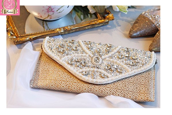 2018 New Woman Design Luxury Daily Clutch Envelope Dinner Bag Hand Hold Bag Cross Body Chain Bead Flower Handbag