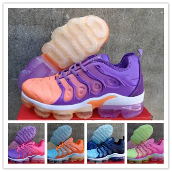 newest eb616 96d5a 2018 Vapormax TN Plus Women Shoes Pink TN Running Shoes For Womens Luxury  Pack Triple Black Aire Chaussures Tn Designer Shoes 36 40 Men Sports Shoes  ...