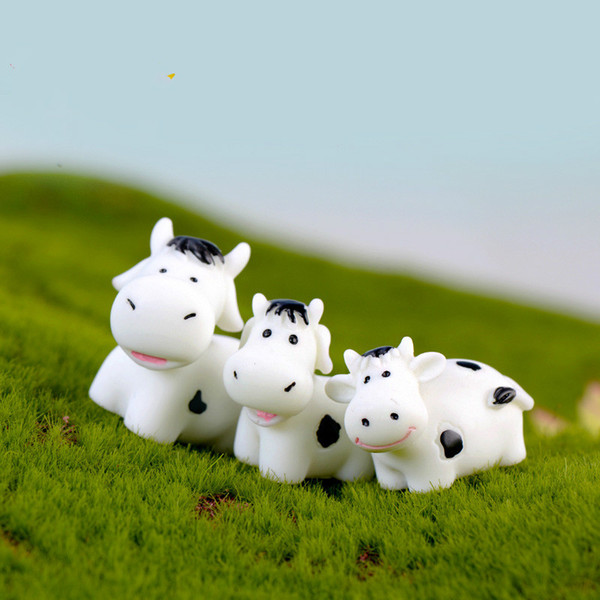 Cute Adorable Cow Animal Doll Ornament Miniature Figurines Accessory Terrarium Succulent Plant Pot Material DIY Fairy Garden Decoration