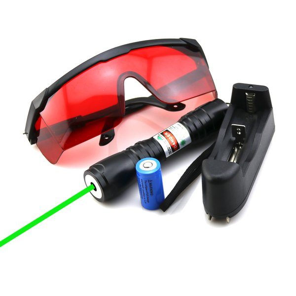 SDLasers GS6-0100 Black Adjustable Focus 532nm Green Laser Pointer With 1*16340 Li Battery & Charger & Goggles Funny Pet stick.