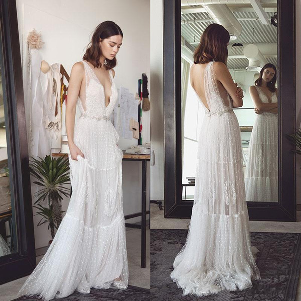 Sexy Deep V Neck A Line Lihi Hod Bohemian Wedding Dresses Backless Lace 2017 Beach Wedding Dress Sweep Train Tulle Boho Bridal Gowns