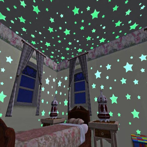 100pcs/set 3cm Star Wall Stickers Stereo Plastic Fluorescent Paster Glowing In The Dark Decals for Baby Room wen6777