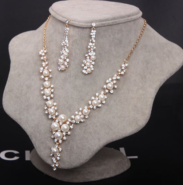 938d7a40c22f9c Hot Imitation Pearl Wedding necklace earring set Bridal jewelry set for  women Elegant Party Gift Fashion