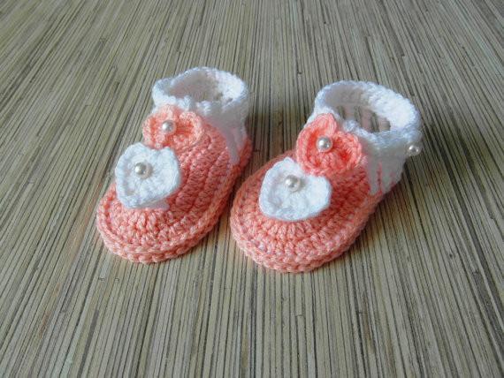 Neue handgemachte Häkelarbeit Baby Sandalen Baby Sandalen rosa weiß häkeln Sommer Schuhe Mädchen 9cm, 10cm, 11cm