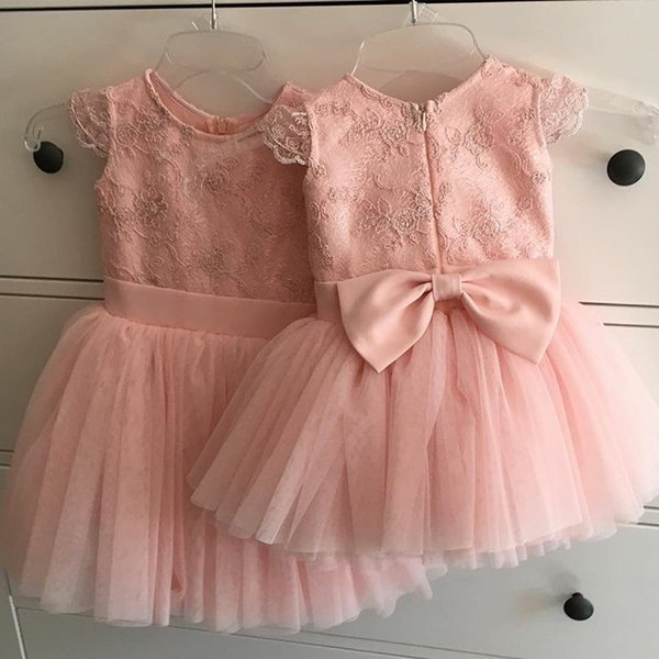 Cute Short Jewel Flower Girl Dresses Pink Tea Length White Lace Appliques Infant Kids Wedding Party Birthday Dress Toddler Cupcake Gowns