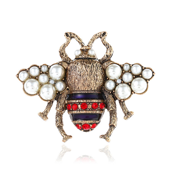 Vintage Rhinestone Bee Brooches for Women Fashion Insect Brooch Pin Antique Gold Color High Quality New Year Gift