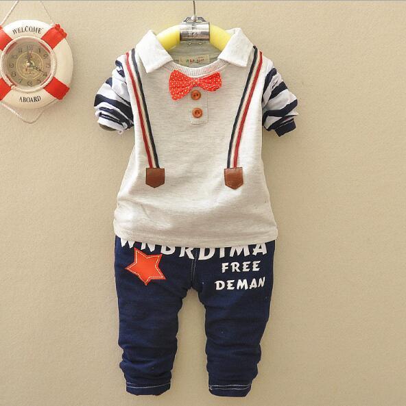 Bebek Boys İlkbahar Sonbahar Rahat Giyim Seti moda çocuklar Bow tie Sapanlar tasarım Giysi Babe t-shirt + pantolon 2-Piece suit