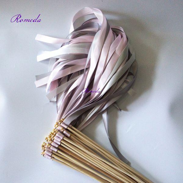 Novo Design 50 pçs / lote Cinza Rosa casamento branco fita vara com sino de ouro para decoração de casamento