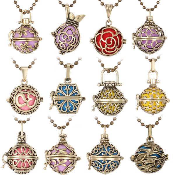 Wholesale Locket Necklace Perfume Vintage Flower Essential Oil Diffuser Aromatherapy Necklaces DIY Choker Sweater Necklaces