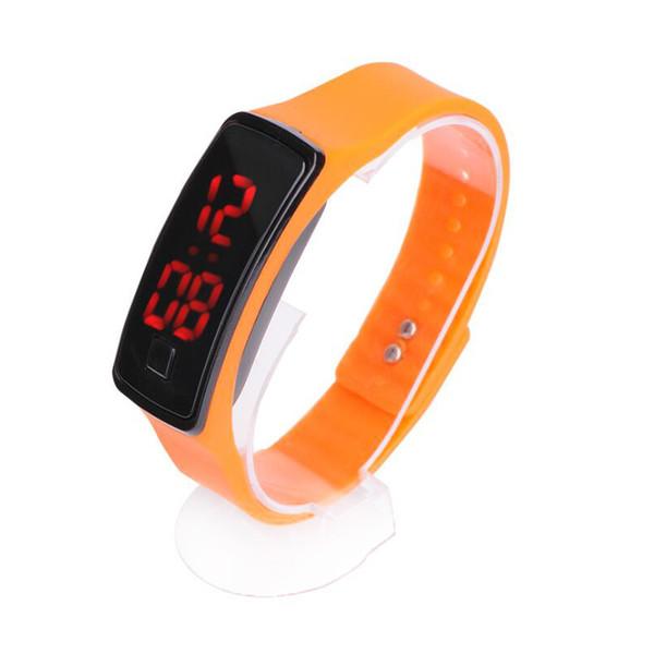 Оптовая новая мода спорт светодиодные часы конфеты желе мужчины женщины силиконовая резина сенсорный экран цифровые часы браслет наручные часы