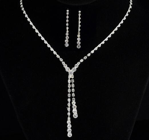 Hot Style European and American simple bride small and fresh necklace accessories earrings necklace set fashion classic elegant