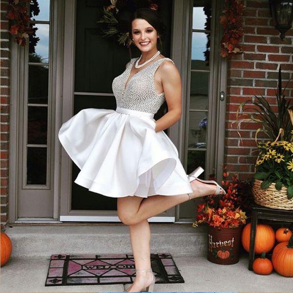 White Plus Size Short Homecoming Dresses V Neck Sleeveless Pearl Satin  Backless Short Prom Dresses With Pockets Short Dresses For Juniors Short  Long ...