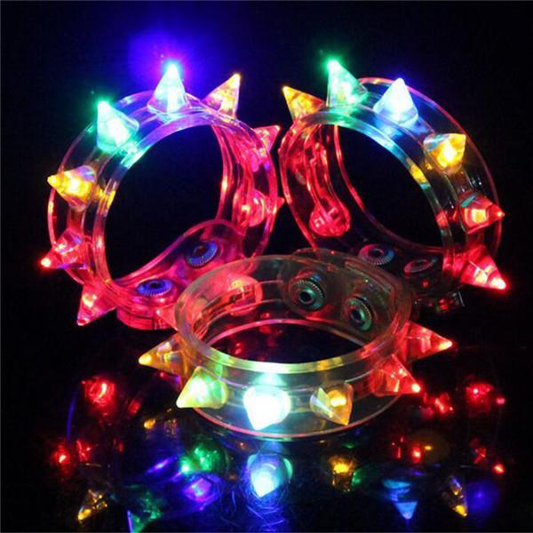 NOVA HOT Led Light Up Festa Piscando Piscando Spike Pulseira de Casamento Bar Rave Piscando Piscando presente Luz PÉ Carnaval Colar de Brinquedos