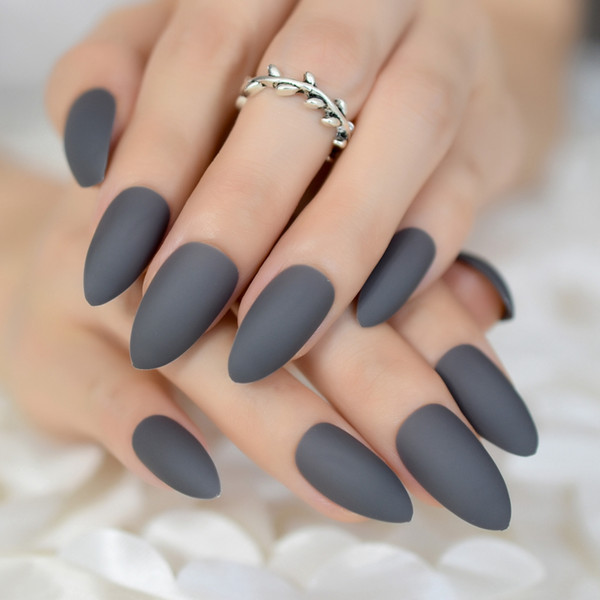 Superficie de goma Punta mate Clavos falsos Abuela gris Almendra Puntas de uñas falsas Puntas de manicura artificial Uñas 24Ct