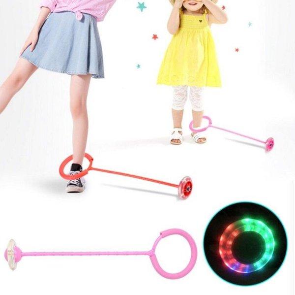 LED Flash Jumping Fuß Force Ball Outdoor Sport Spielzeug mit Einem Fußschutz Gym Fitness Schwamm Hülse Blinkende Kreis Spiele Party Favor OOA5465