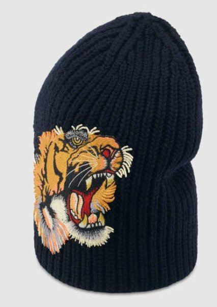 Women Silks Scarves Blooms print silk scarf Wool hat with tiger HAT SCARF SET BLACK DAME