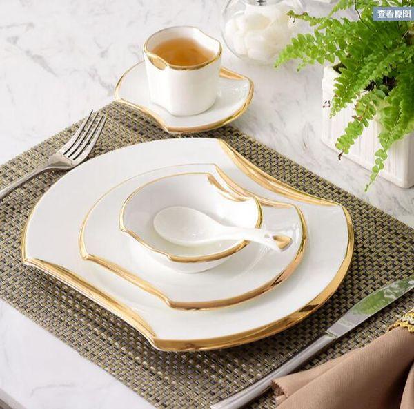 2018 Moda 6 pezzi occidentale piatto di bistecca piatto da tavola in ceramica argento / oro bordo ciotola set regalo di riscaldamento casa