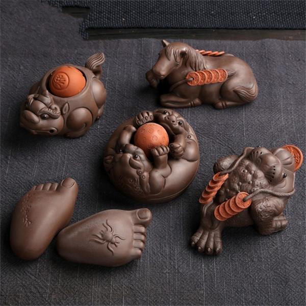 Boutique Home Decor Tea Pet Sets Grabado a mano Crackle Glaze Accesorios creativos Artefacto Bandeja Adornos Regalo de empresa Art Craft 17yx jj